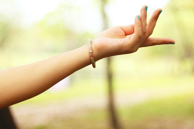 A girl with short fingernails